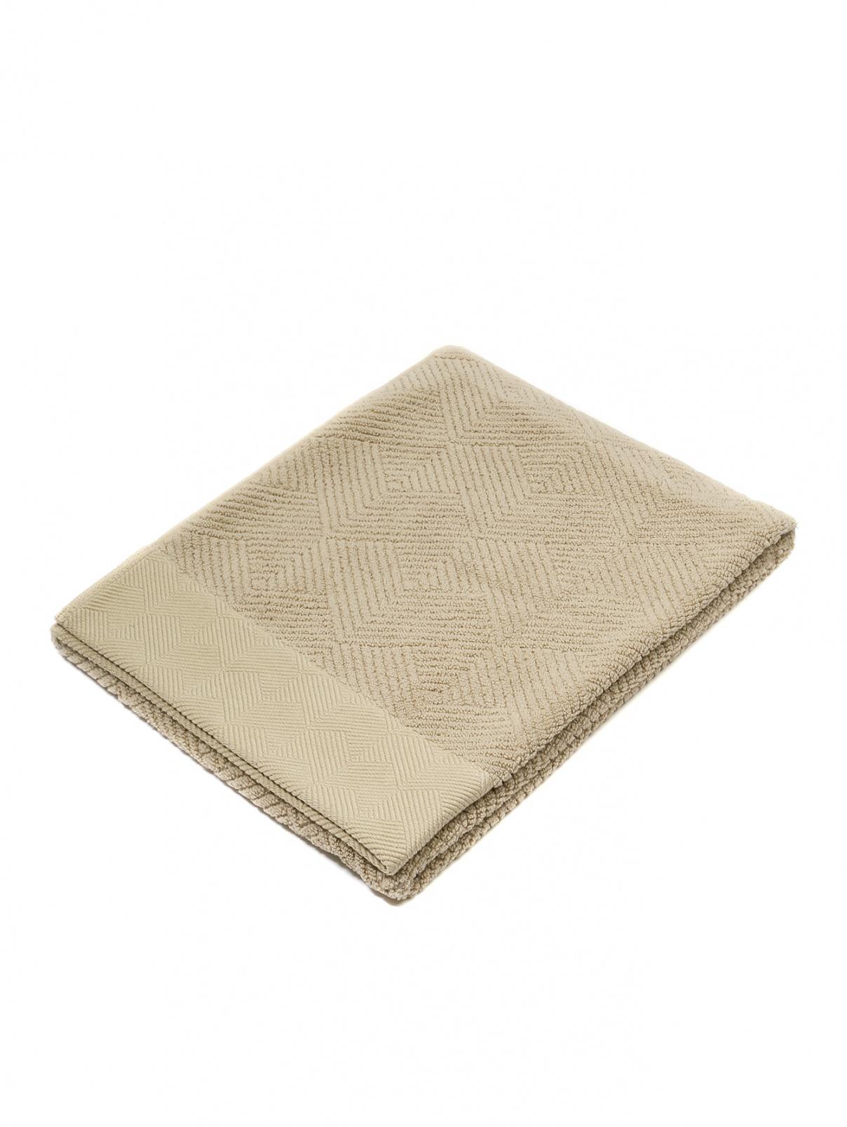 Полотенце из хлопковой махровой ткани с узором елочка 60 x 110 Frette  –  Общий вид