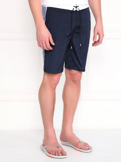 Плавательные шорты с контрастными вставками  - Модель Верх-Низ