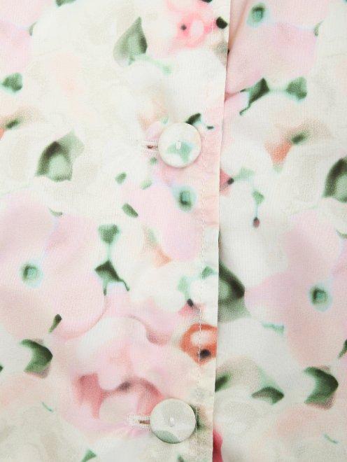 Плащ с цветочным узором - Деталь